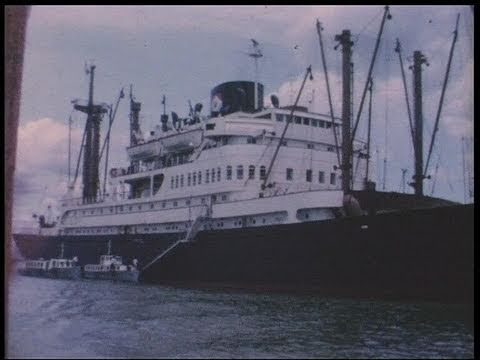 Life on board passenger ship Straat Banka 1964