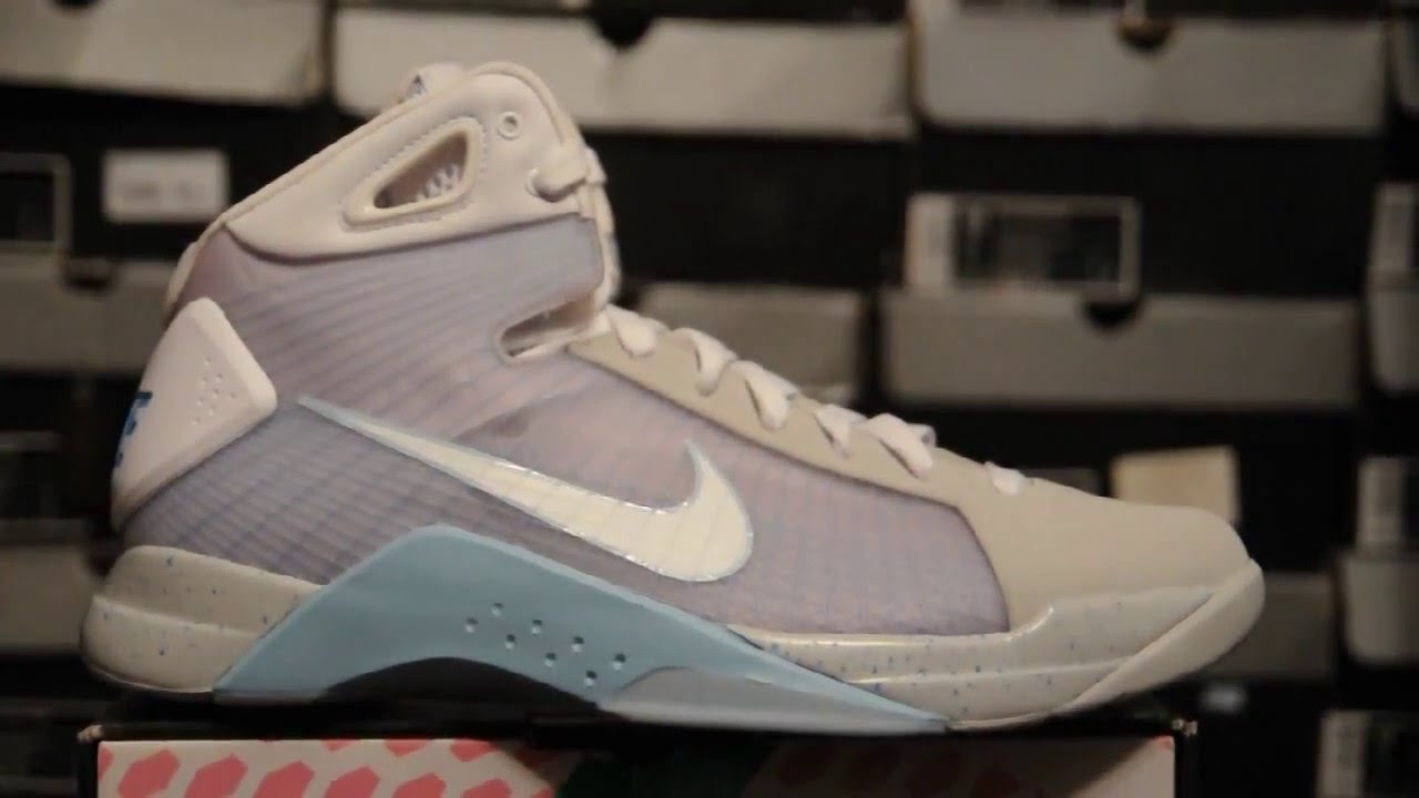 881ce23f560c RARE KICKS 2008 Nike Hyperdunk Supreme   Marty McFly   (333373 011)  Jetstream White-Pl Blue