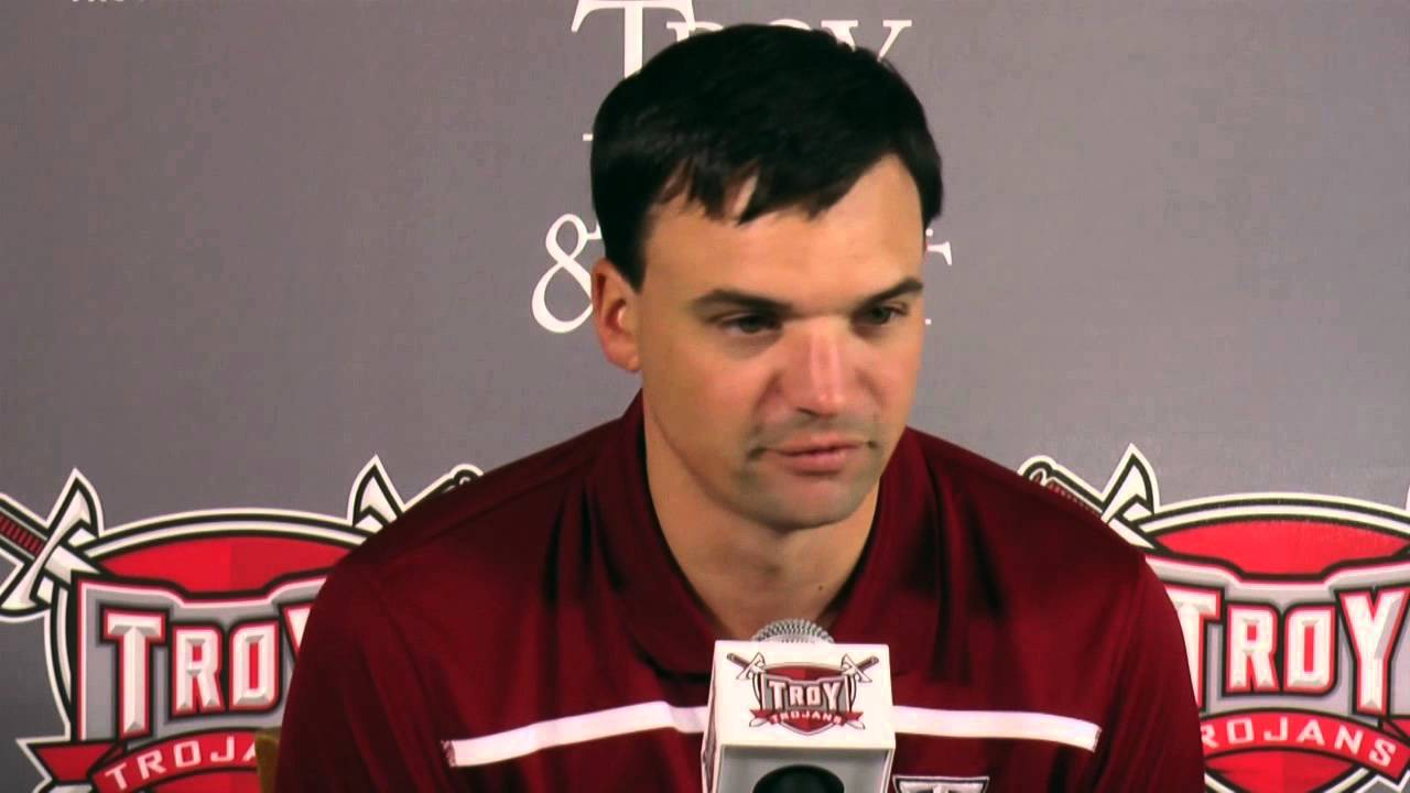 Neal Brown Press Conference - Wisconsin Game - YouTube