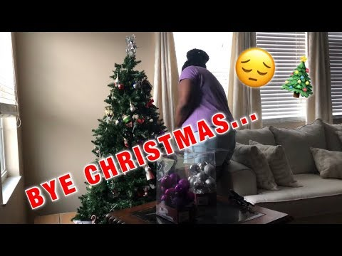 TAKING DOWN CHRISTMAS DECORATIONS!😔