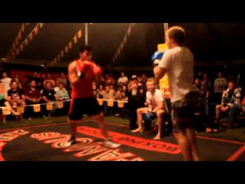 Fred Brophy Boxing tent Bundy 2014 (ko) & Fred Brophy Boxing tent Bundy 2014 (ko) - YouTube