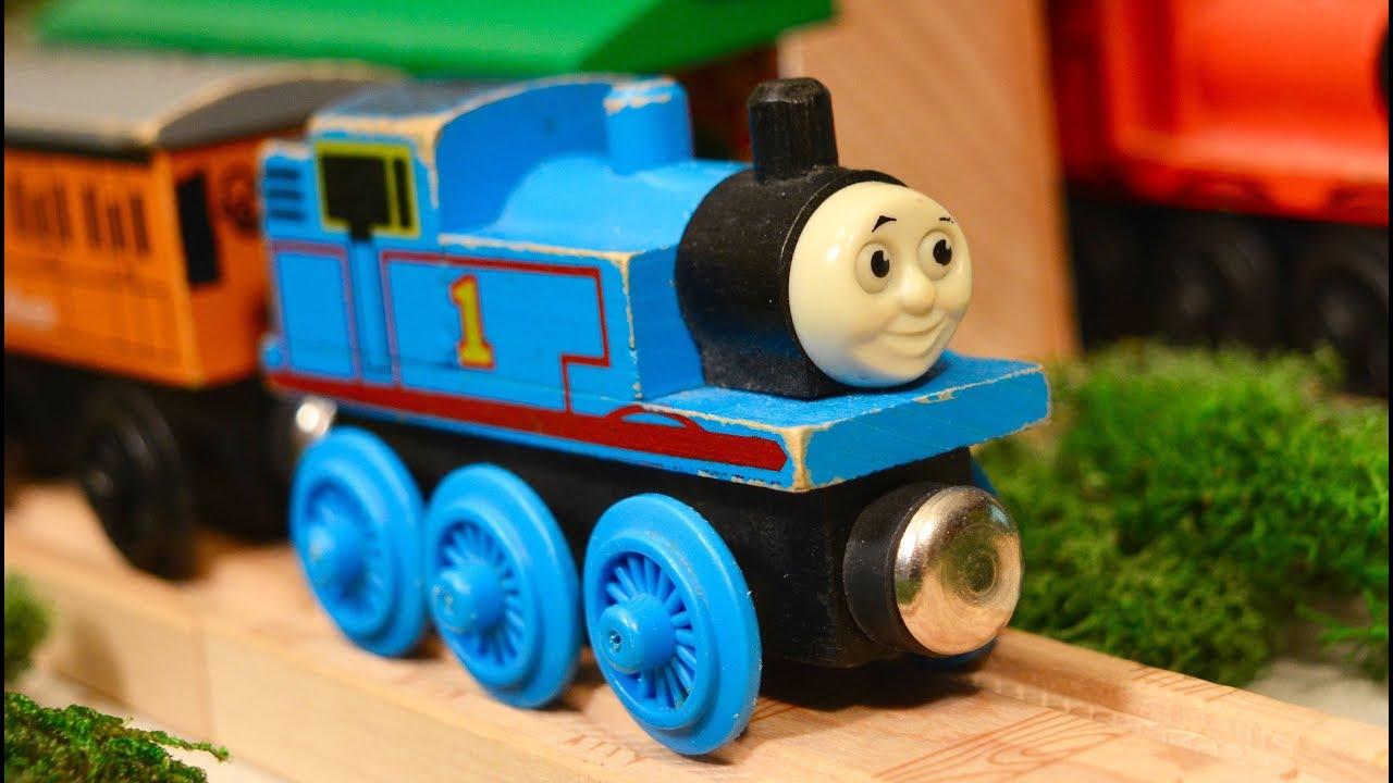 Thomas Wooden Railway Toy Train Classics