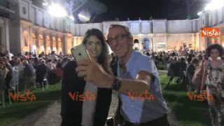 Virginia Raggi acclamata al Premio Strega 2017