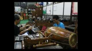 TEMBANG PESISIR: ADA ADA GIRISA PATHET NEM (01)