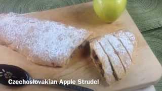 1940s Czechoslovakian Apple Strudel