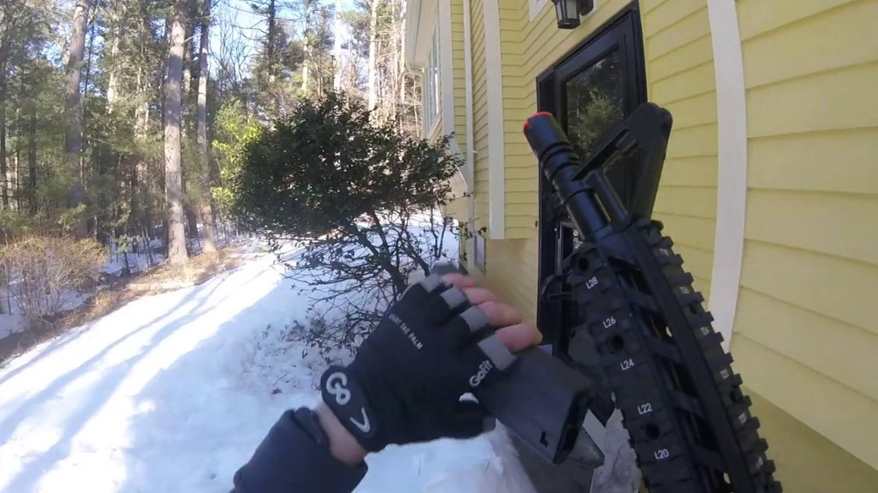Cm16 Raider Backyard Airsoft War - YouTube