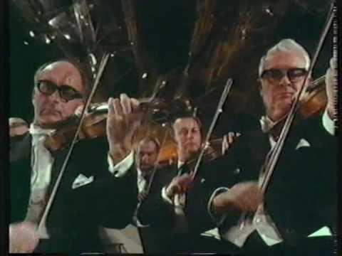 Abbado (young) conducts Beethoven Sinfonía 8./Wiener Phil.Orch.