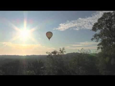 Vol en montgolfière en Dordogne au château de hautefort