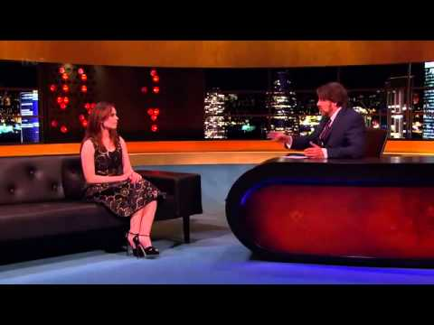 Hayley Atwell On The Jonathan Ross Show Full Interview (9-2-13).
