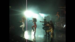 BEYONCE TRIDENT - GET ME BODIED [EXTENDED MIX] - LONDON O2 [HD] - 15/11/09 (I AM... TASHA FIERCE!!!)
