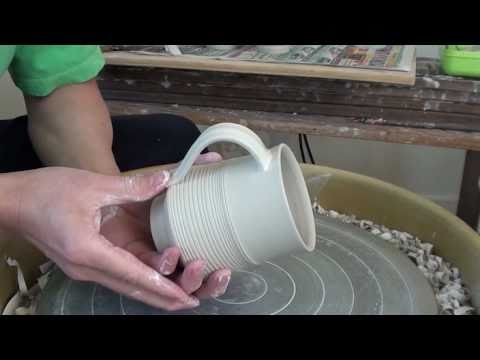 25. Throwing / Making Mugs & Pulling /  Attaching Handles with Hsin-Chuen Lin