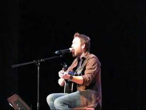 Stephen Lynch performs Newest Song, Waiting