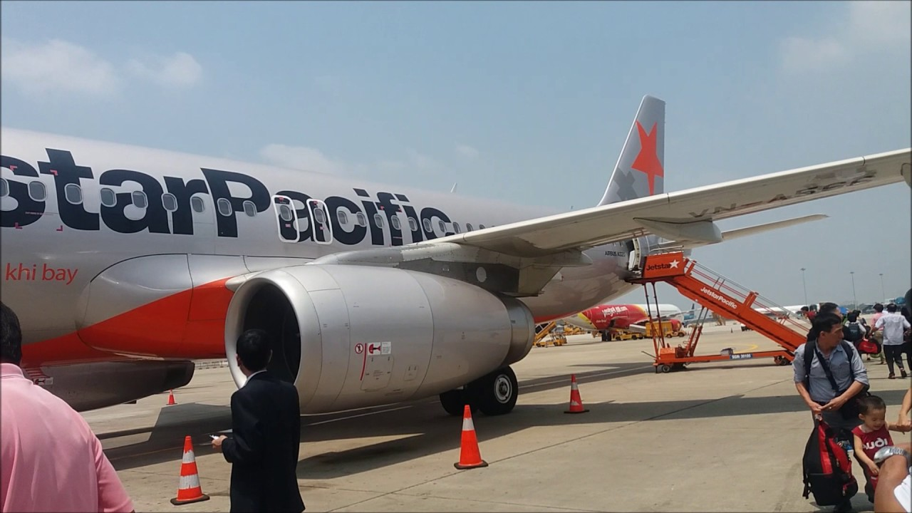 Jetstar pacific airlines flight experience bl794 saigon sgn to jetstar pacific airlines flight experience bl794 saigon sgn to hanoi han sciox Images