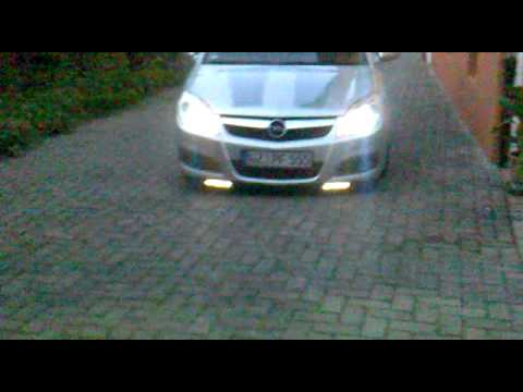 tagfahrlicht xenon tiefer opel vectra c youtube. Black Bedroom Furniture Sets. Home Design Ideas