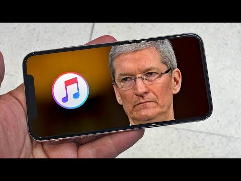 Apple Employee Uses Android Phone (Is it Samsung ?)