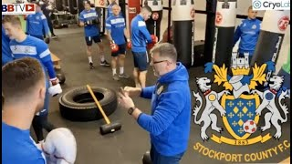 ITS ON!! WHO'S FITTER FOOTBALLERS OR BOXERS?? STOCKPORT COUNTY FC VISIT HATTONS GYM!!