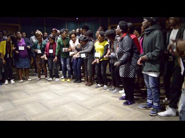 Dorothy Masuka jams with the Durban Worshippers