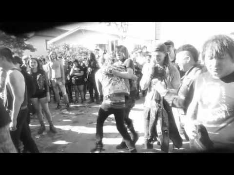 Born/Dead (live) @ Manic Relapse Fest Vol....