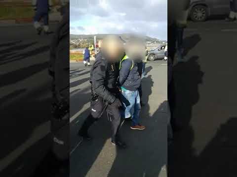 Detenido y herido un transportista en un altercado con la Policía Nacional