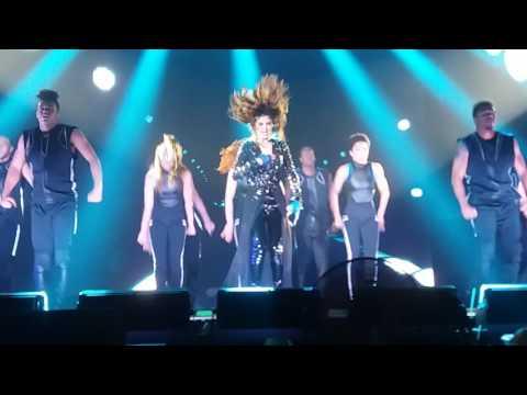 Selena Gomez - Slow Down (LIVE at ICE, BSD City - Indonesia)