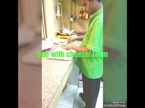 Making slice tosted bread and croissant cheese with jaam