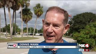 Barrels dumped at abandoned golf course in Cape Coral / Видео