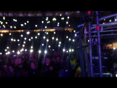 Guns n Roses - Camera Flash Illumination -20.06.2017 - Gdańsk, Poland