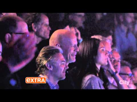 Thumbnail: One Direction`s Harry Styles / Rolling Stones concert - EXTRA (NEW)