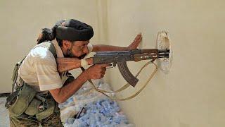 Курды объявили об окружении центра Ракки