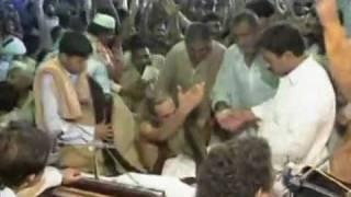 Lal Shahbaz Qalandar Ki Dargah Ka Hajj - 16 _ 16.flv