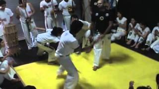 Roda livre no Batizado de Capoeira Corrente Negra Japan 11/11/2007