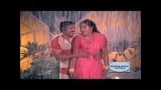 Kannada Rain Song || Thayiya Hone || Sogasu Kannu Kunisiralu || Ashok,Sumalatha