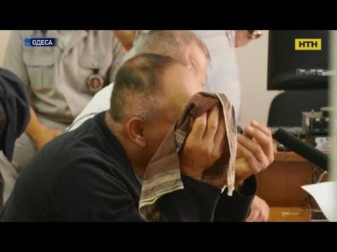 В Одесі чоловік зарізав дружину в ліфті