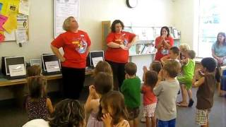 Sachem Public Library's Children's Librarians do ''Peanut Butter and Jelly''