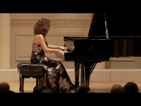 Fantasy of arias from operas by Verdi, Puccini, Rossini - Cristiana Pegoraro, piano