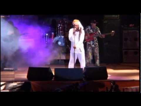 Lucky Dube - House of Exile (live in Uganda 2003)