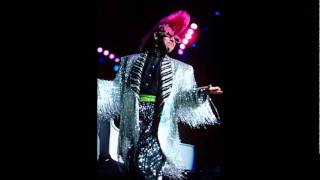 #20 - Wrap Her Up - Elton John - Live in Belfast 1986