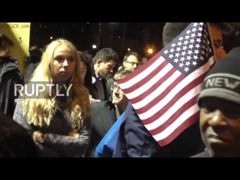 USA: Dismayed Clinton supporters absorb news of Trump's surge in NYC