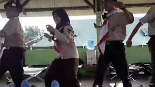 Download Video Tarian Singa Depok 4 serangkai MP3 3GP MP4