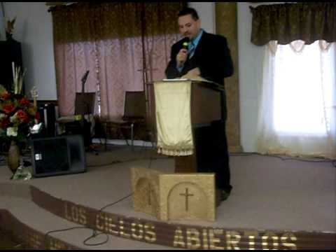 Iglesia Nueva Vision : Quien es Jesus? Part 1/7 12-27-09 (Bilingual)
