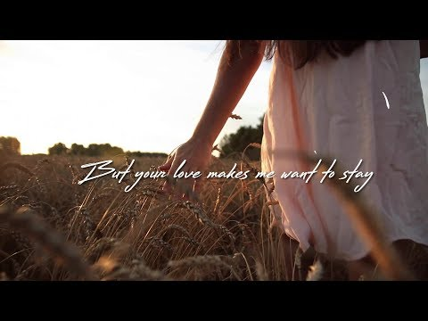 clay-walker---makes-me-want-to-stay-(official-lyric-video)