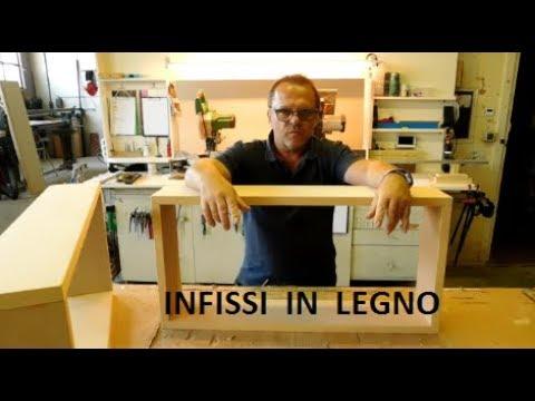 Come costruire un piccolo infisso in legno telaio a due ante youtube - Costruire un portabottiglie in legno ...