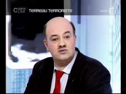 C dans l 39 air terreau terroriste youtube for Terreau
