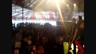 Paul Niezen & Commu @ Mystery Land Festival Ruilhuisje tent 28-08-2010.wmv
