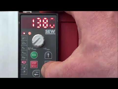 Sew movitrac B mc07b0005-5a3-4-00 variador con panel