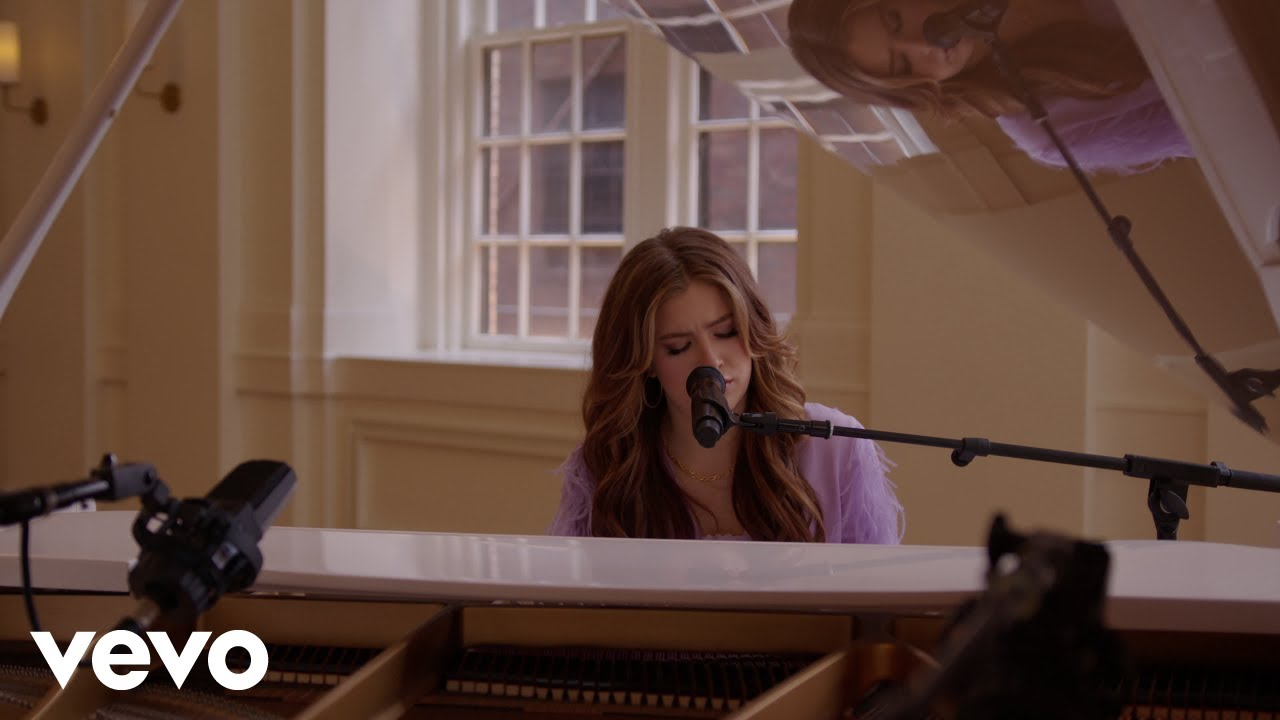 Download Riley Clemmons - Godsend (Piano Version)
