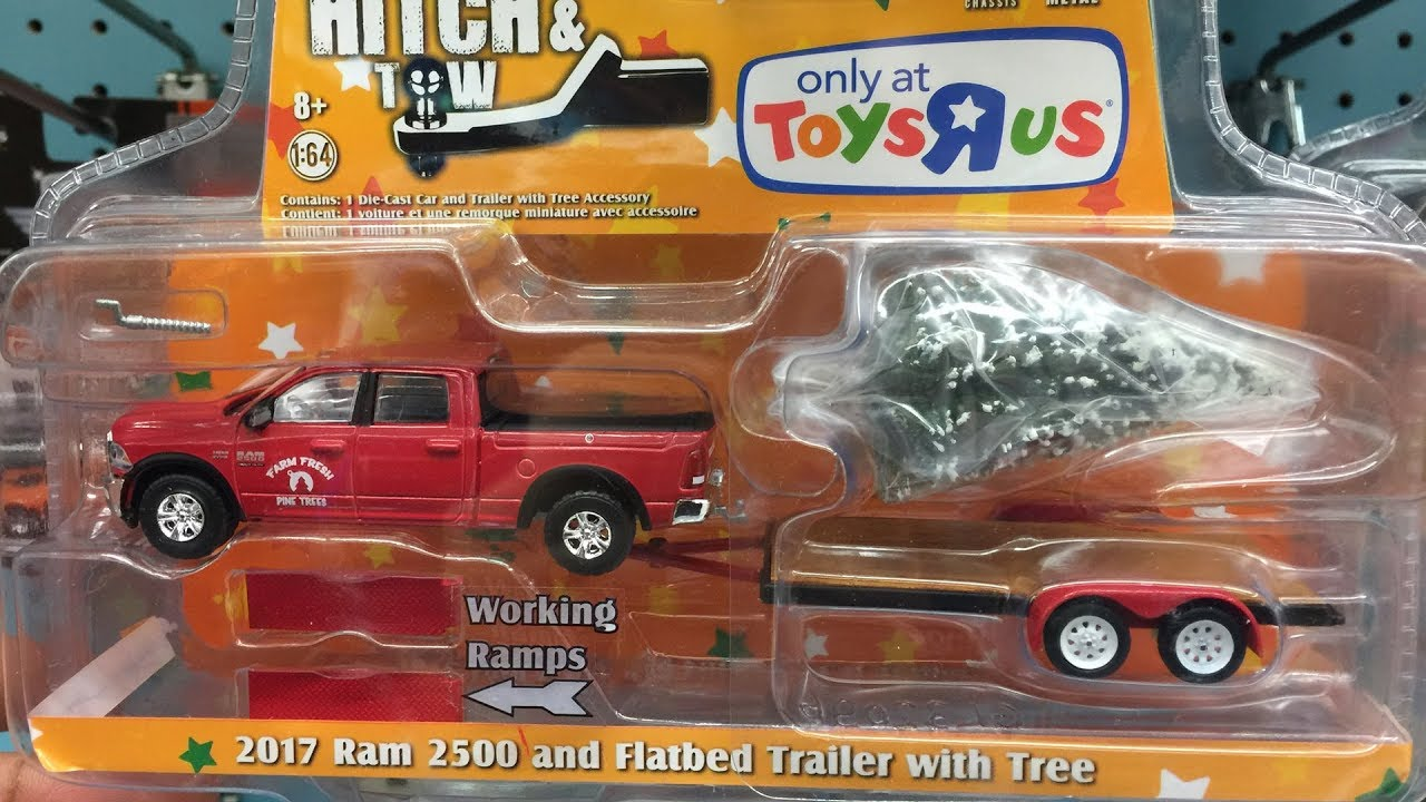 Off The Pegs: Greenlight Collectibles, Dioramas, Gulf, STP, Texaco,  Greenlight cars in-store video