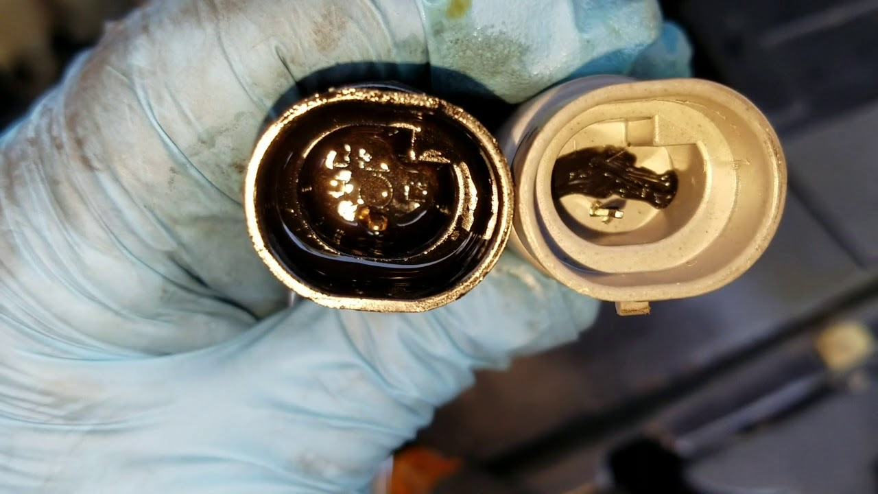 Replacing Oil Pressure Switch Sending Unit Sensor Chevy ...