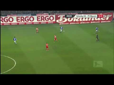Schalke - Bayern (Höwedes' Tackling)