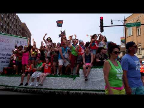 Windy City Times: Pride Parade 2015, 4 of 6 videos